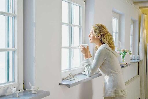 Новые окна и подоконники — хороший климат в доме